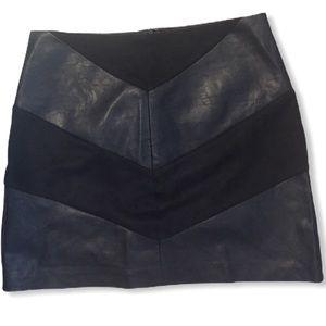 2/$20 Foverever 21 skirt
